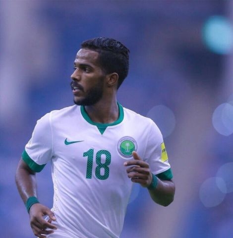 نواف العابد خارج قائمة المنتخب السعودي
